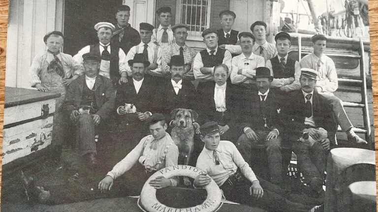 Historisches Foto Schiffscrew